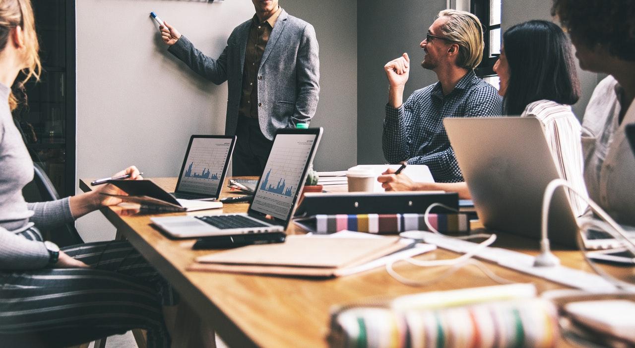 business-advisory-image