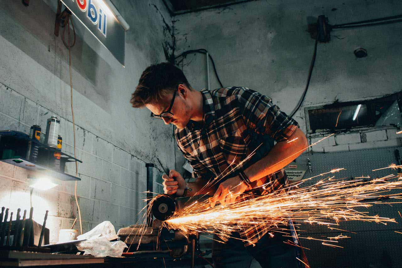 artisan-blacksmith-equipment-2918011