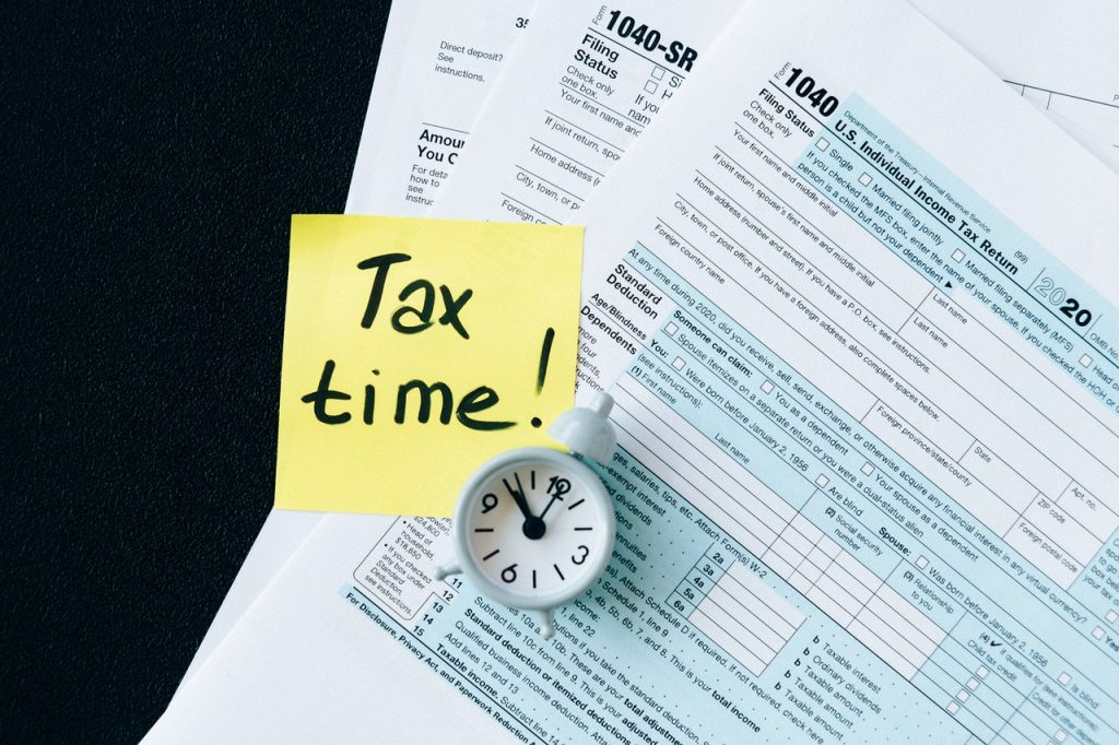 IRS-Extends-Federal-Tax-Day-Filing-Deadline-for-One-Month